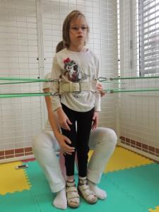 """в """"пауке"""" выпрямление ног в коленях"""